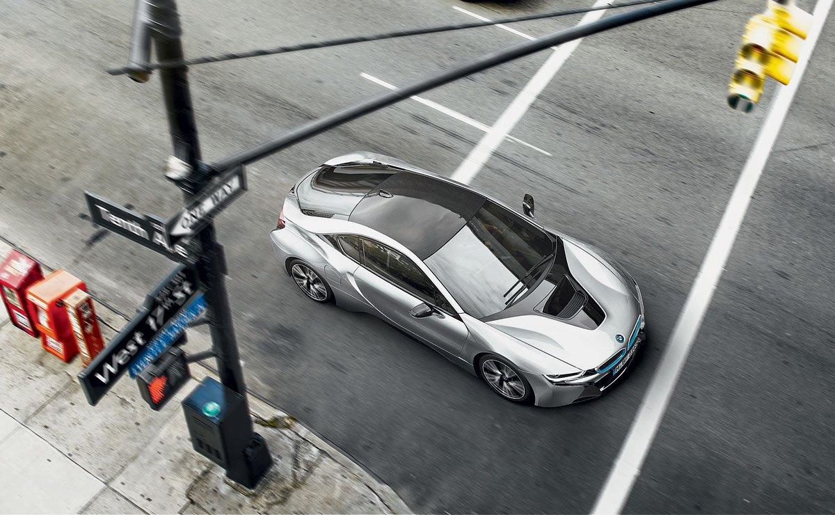 Карбонизация: почему BMW выбирает углепластик