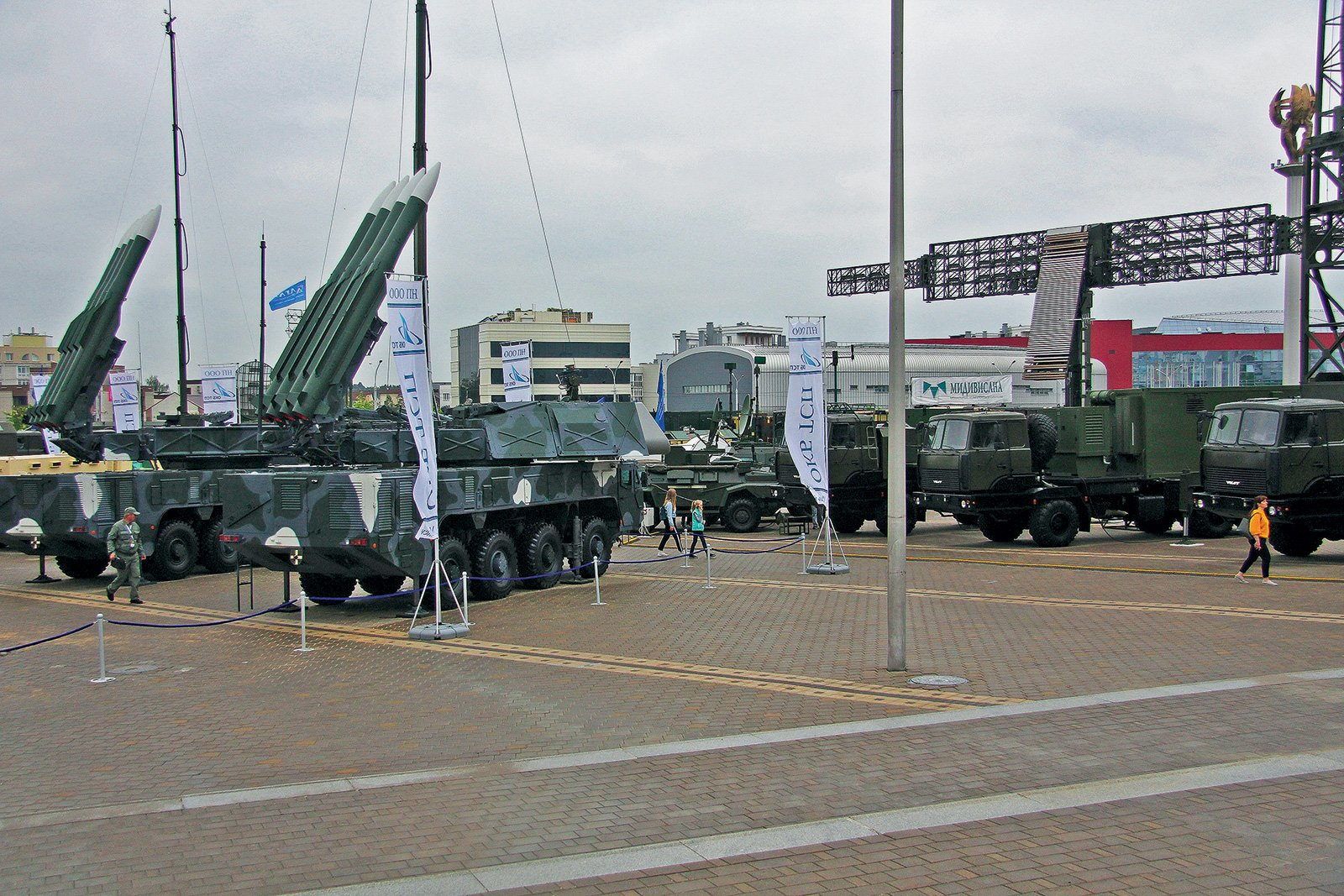 «Волат», «Защитник» и «Секач»: уникальная военная техника из Беларуси