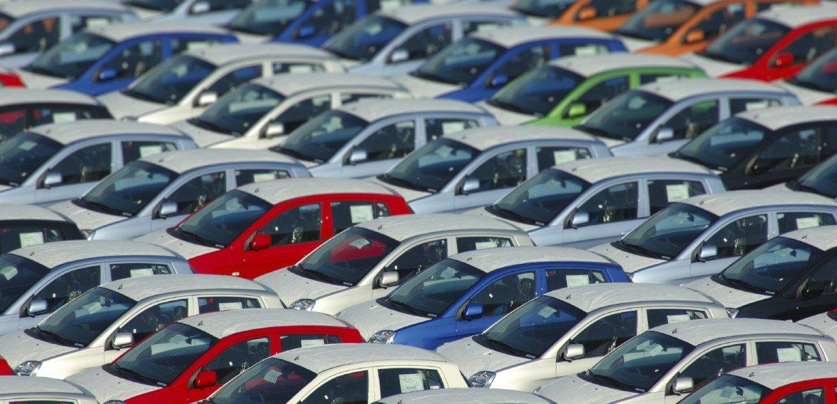 Самые популярные автомобили с пробегом в России. Топ-50