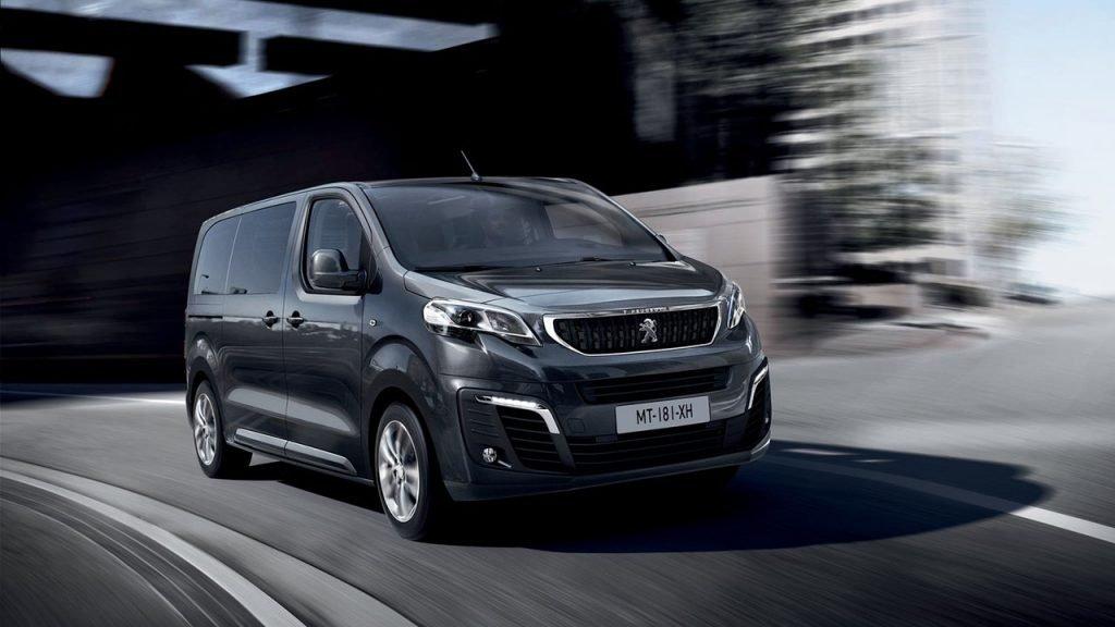 Коммерческие Peugeot и Citroen получили в России полноприводные версии