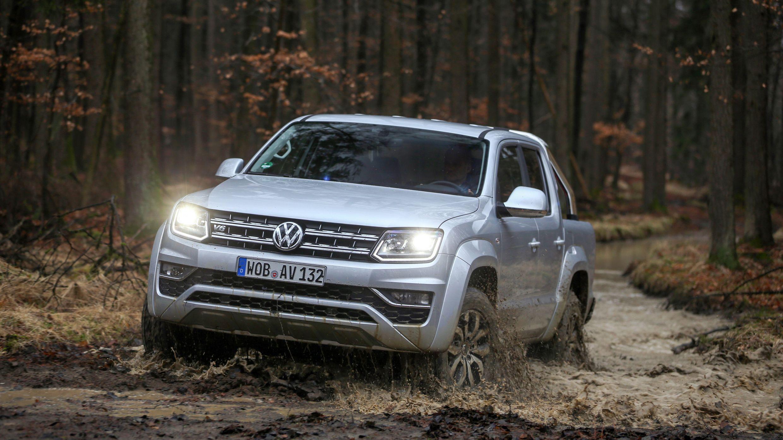 Самый мощный и дорогой пикап VW Amarok появился в России