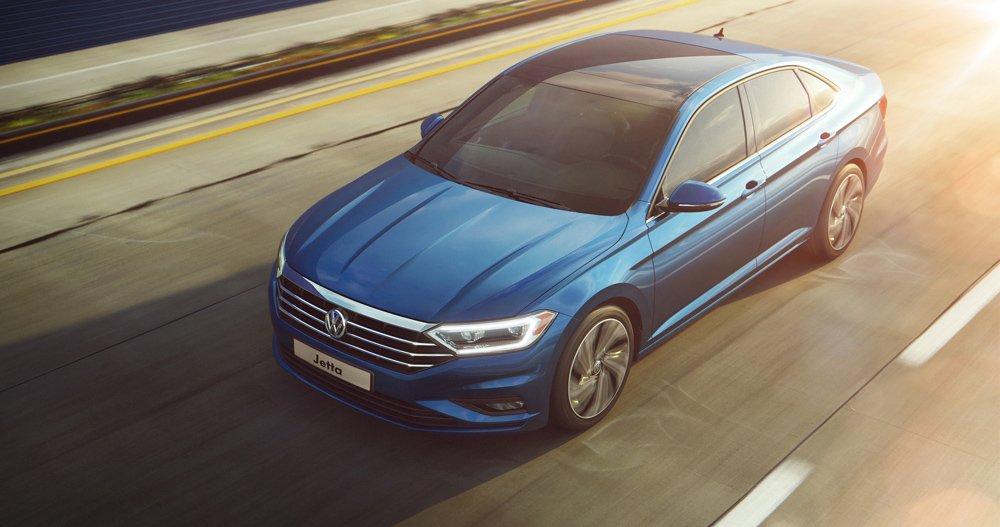 Новый VW Jetta для России: светодиодные фары и никаких DSG