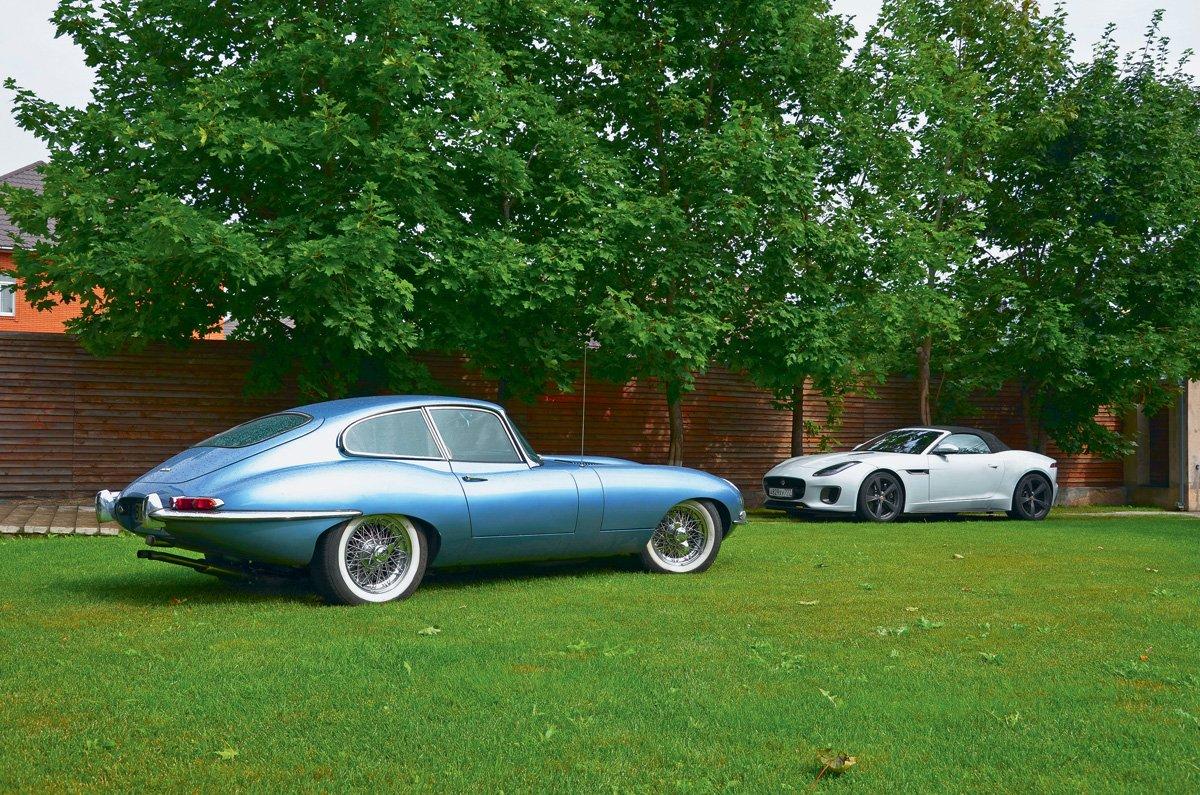 Jaguar E-Type против F-Type. Машина времени