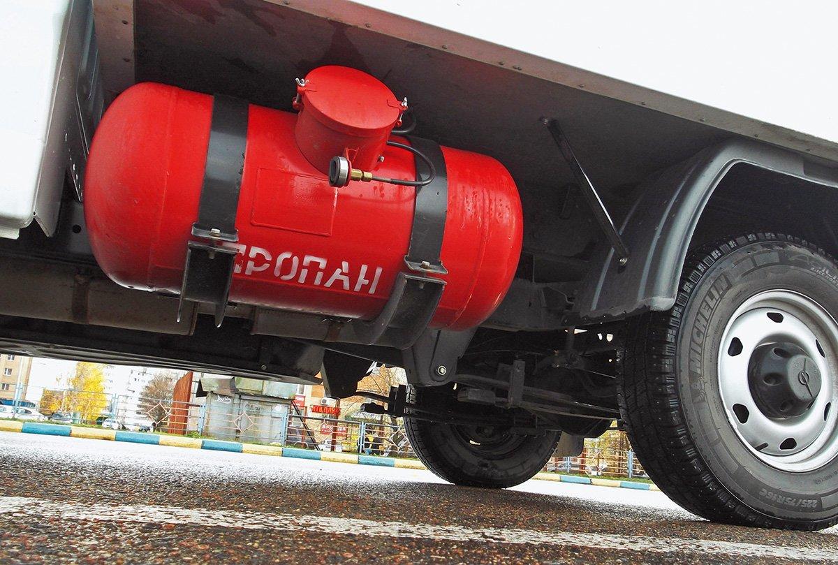 Как едет УАЗ «Профи» за миллион: плюсы и минусы конкурента «ГАЗели»