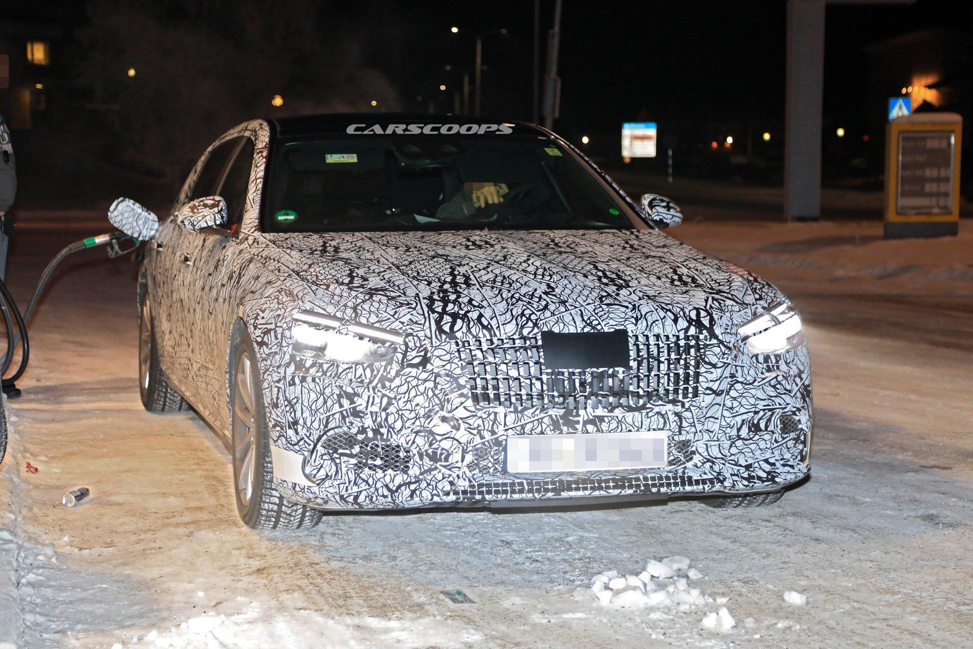 Новый Mercedes-Maybach S-класса проходит испытания холодом