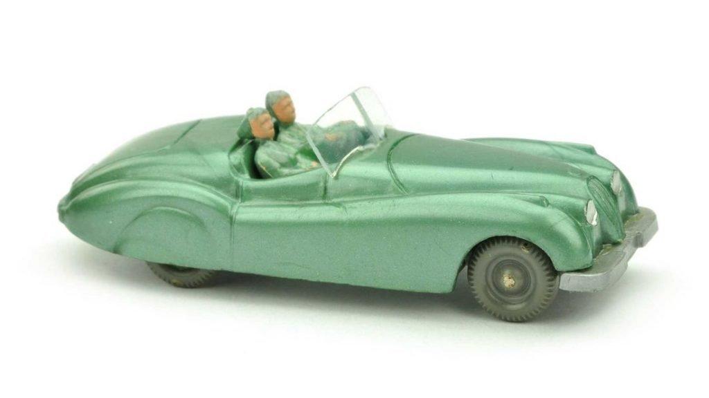 В Германии коллекционер отдал 10 тысяч евро за крохотную модель автопоезда