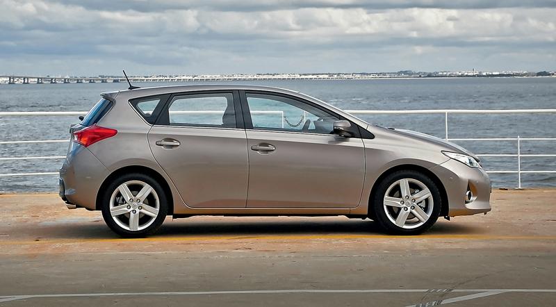Toyota Auris. Дуновение изменений