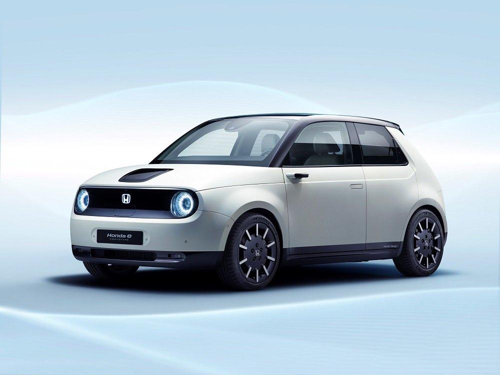 Электромобиль Honda-e уже можно заказать