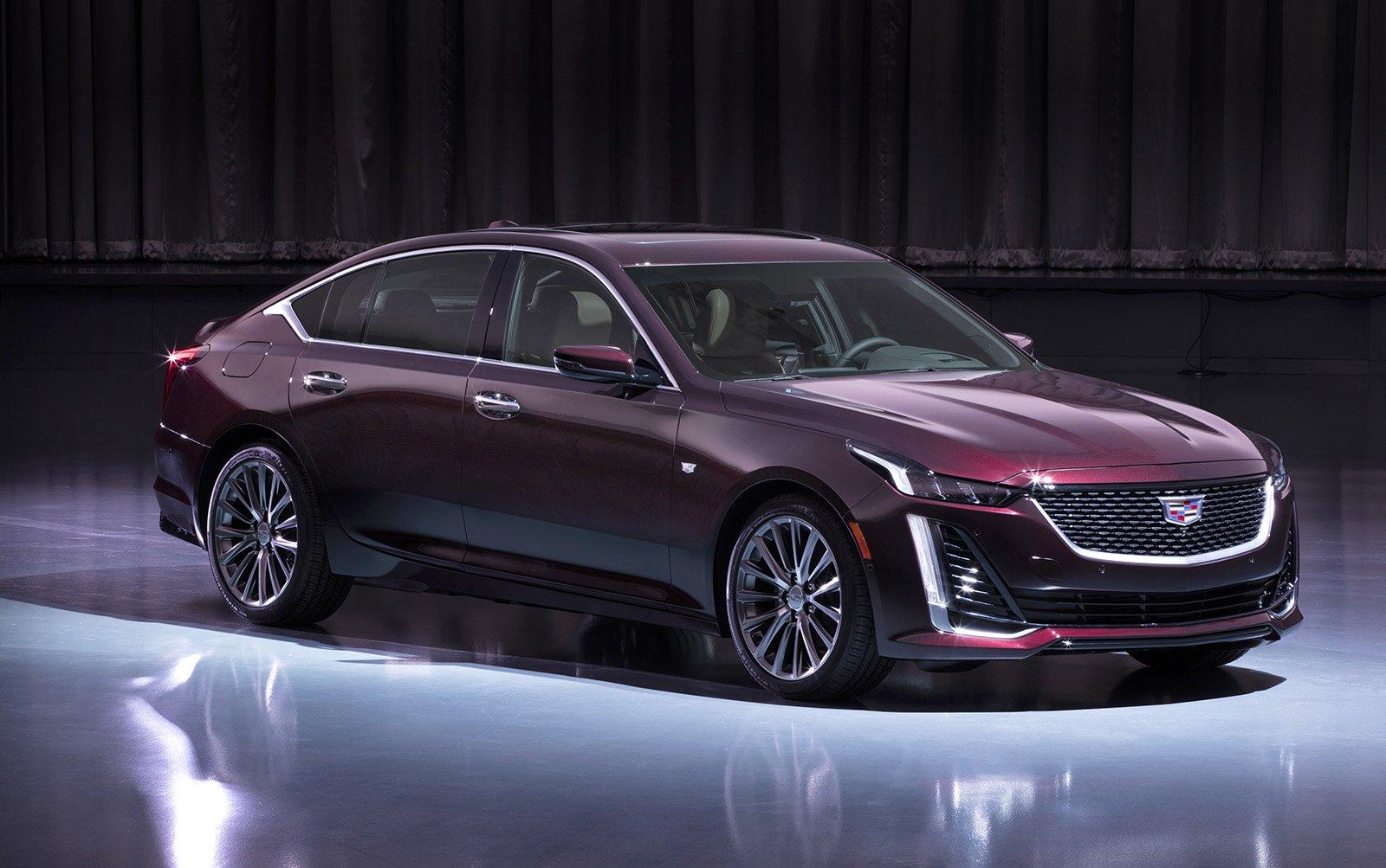 Cadillac CT5: компактный люкс