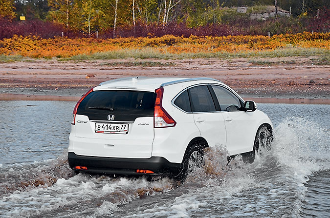 Honda CR-V и Opel Insignia Country Tourer. Эх, хвост, чешуя…