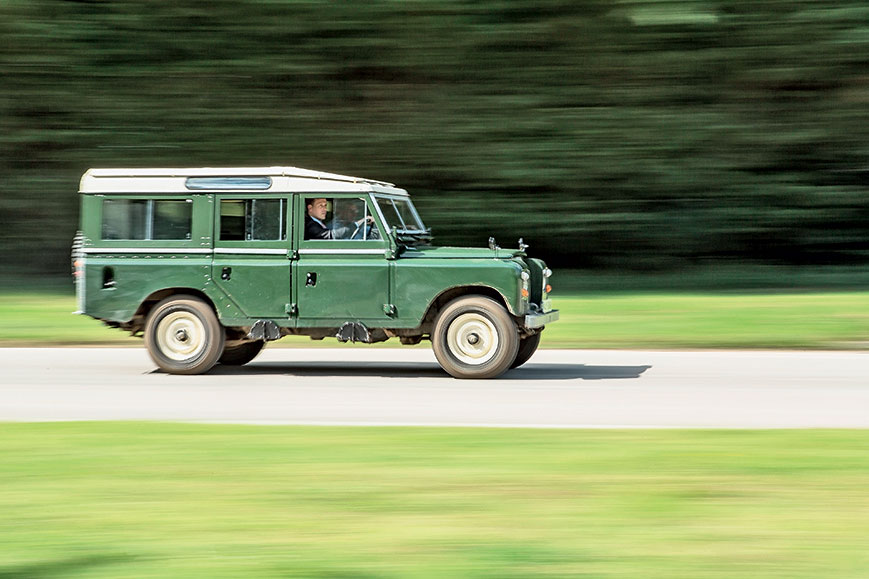 Land Rover III Series