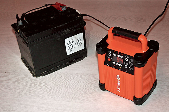 Бустер для запуска двигателя виды и принцип работы автомобильных пуско-зарядных устройств ПЗУ а также плюсы и минусы стартовых приборов