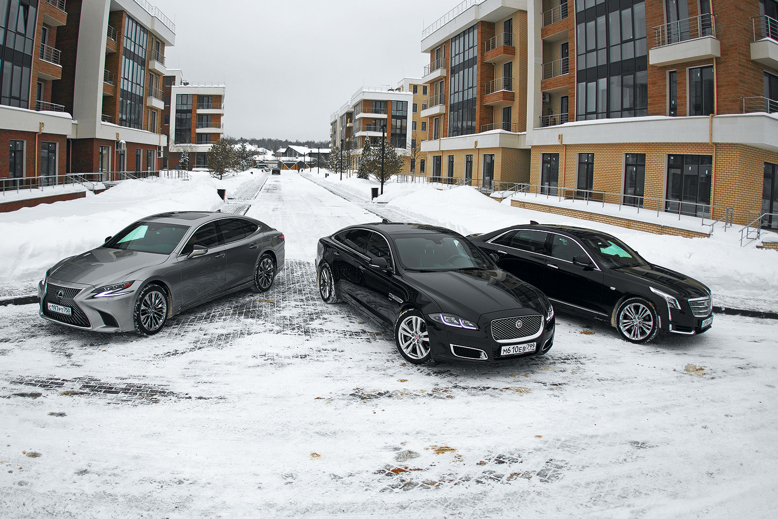 Cadillac CT6 против Jaguar XJ и Lexus LS. Сравнение без немецкого акцента