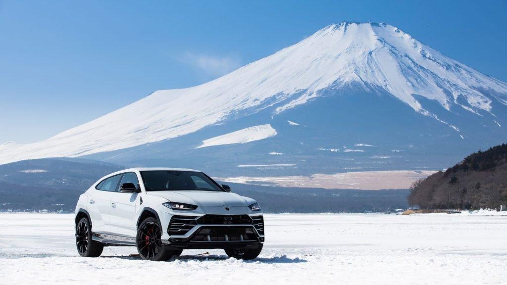 Аналитики выяснили, кто популярнее в России — Ferrari или Lamborghini