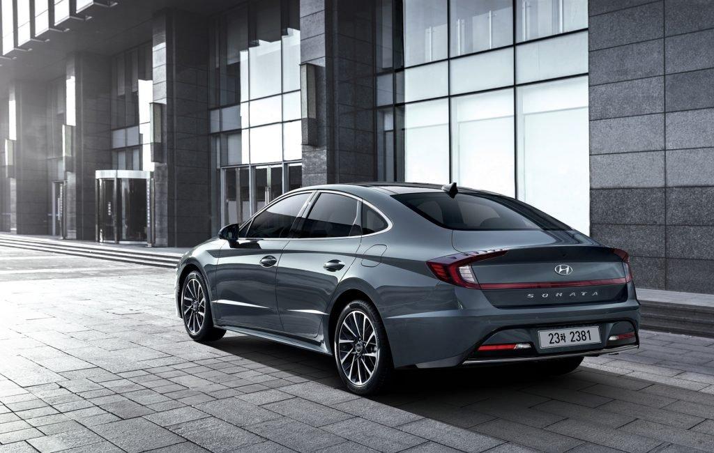 У дилеров появилась самая доступная версия Hyundai Sonata