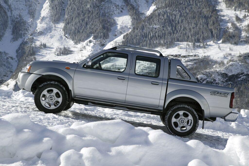 Хуже грузовика и внедорожника:  почему пикапы не покупают в России