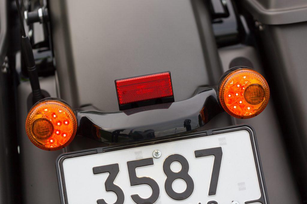 Зачем автомобиль, когда есть Harley-Davidson Road Glide Special