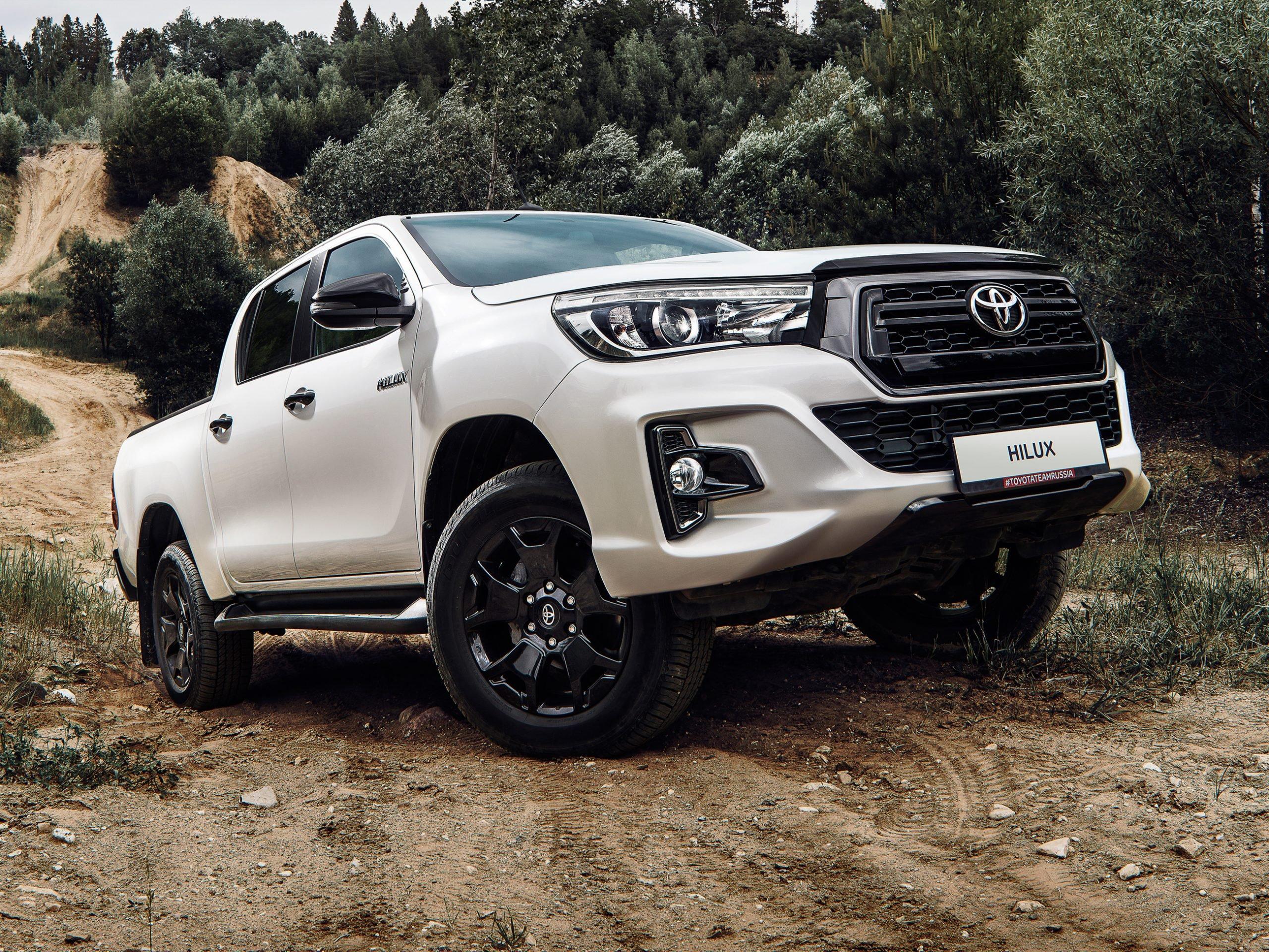 Тойота предлагает скидки до 400 тысяч рублей