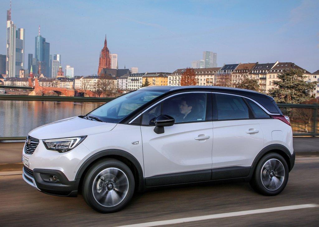 Opel Crossland X появится в России летом