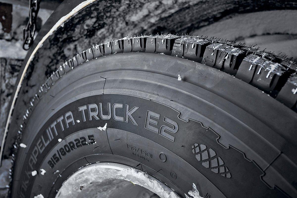 Нужна ли сезонная замена шин на грузовике? Вот, что об этом думают финны