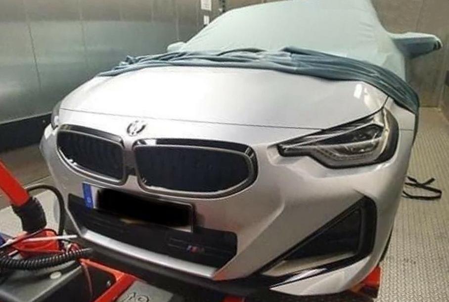 Фотографии купе BMW 2-Series нового поколения засветили в сети