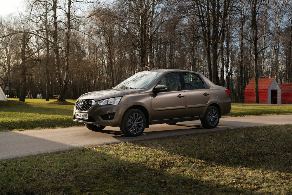 Российские модели Datsun получили спецверсию Black