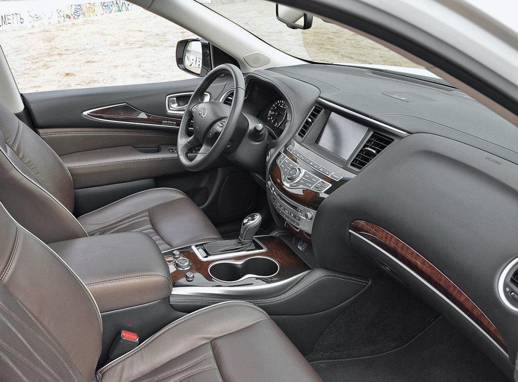 Infiniti QX60 против Mazda CX-9: сравнили большие кроссоверы и сделали любопытный вывод