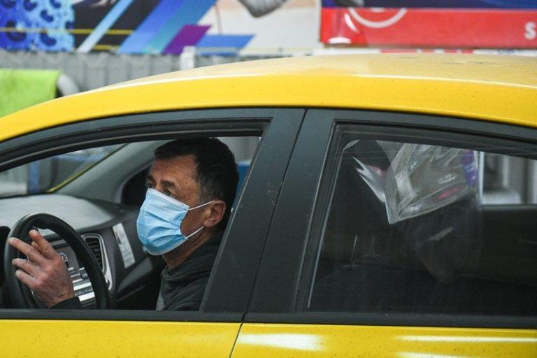 Как борются с  коронавирусом краснодарские таксисты