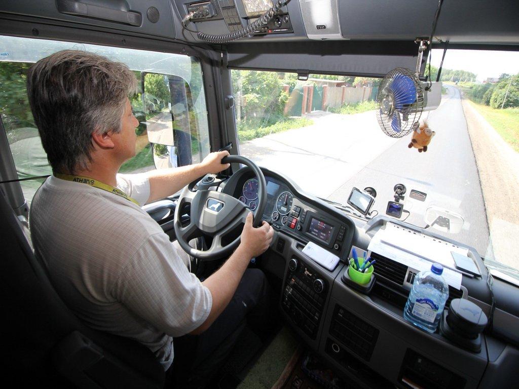 «Мы столкнулись дефицитом кадров»: почему в период пандемии не хватает профессиональных водителей