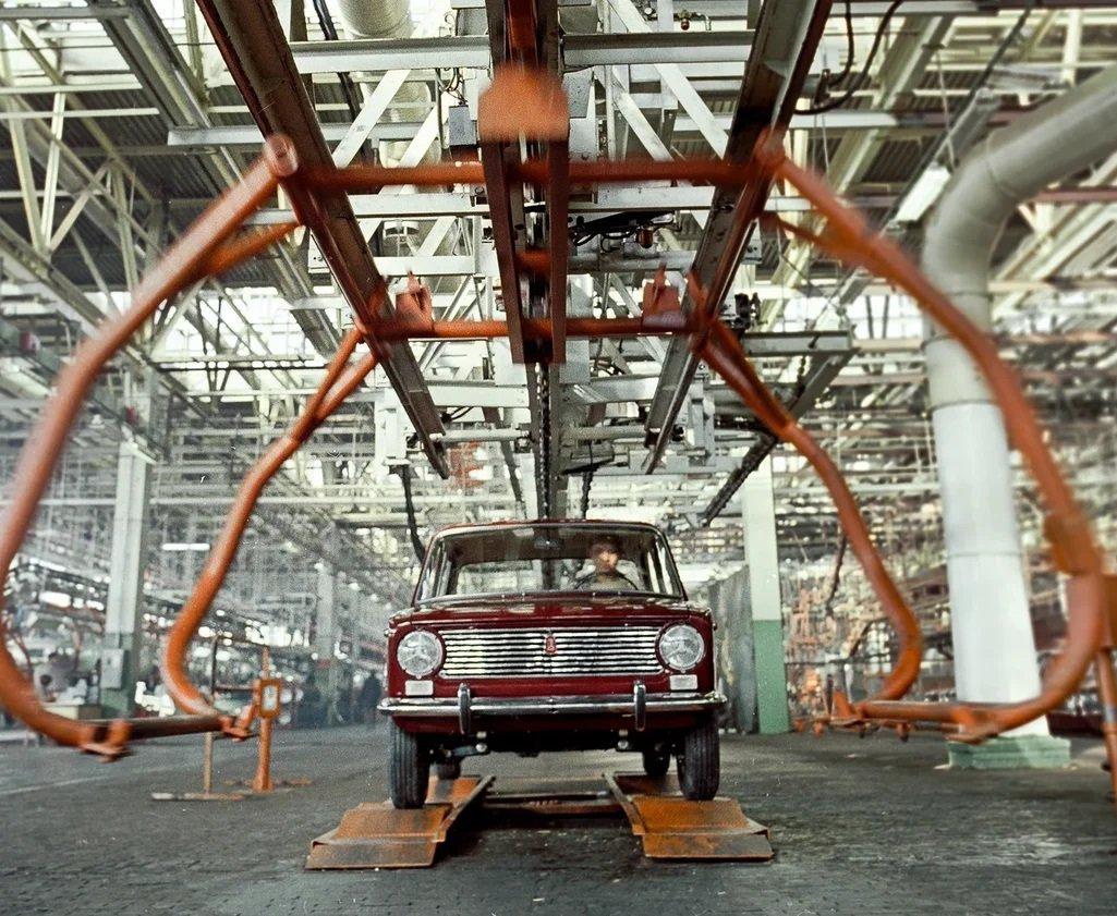История ВАЗ-2101 в уникальных фотографиях