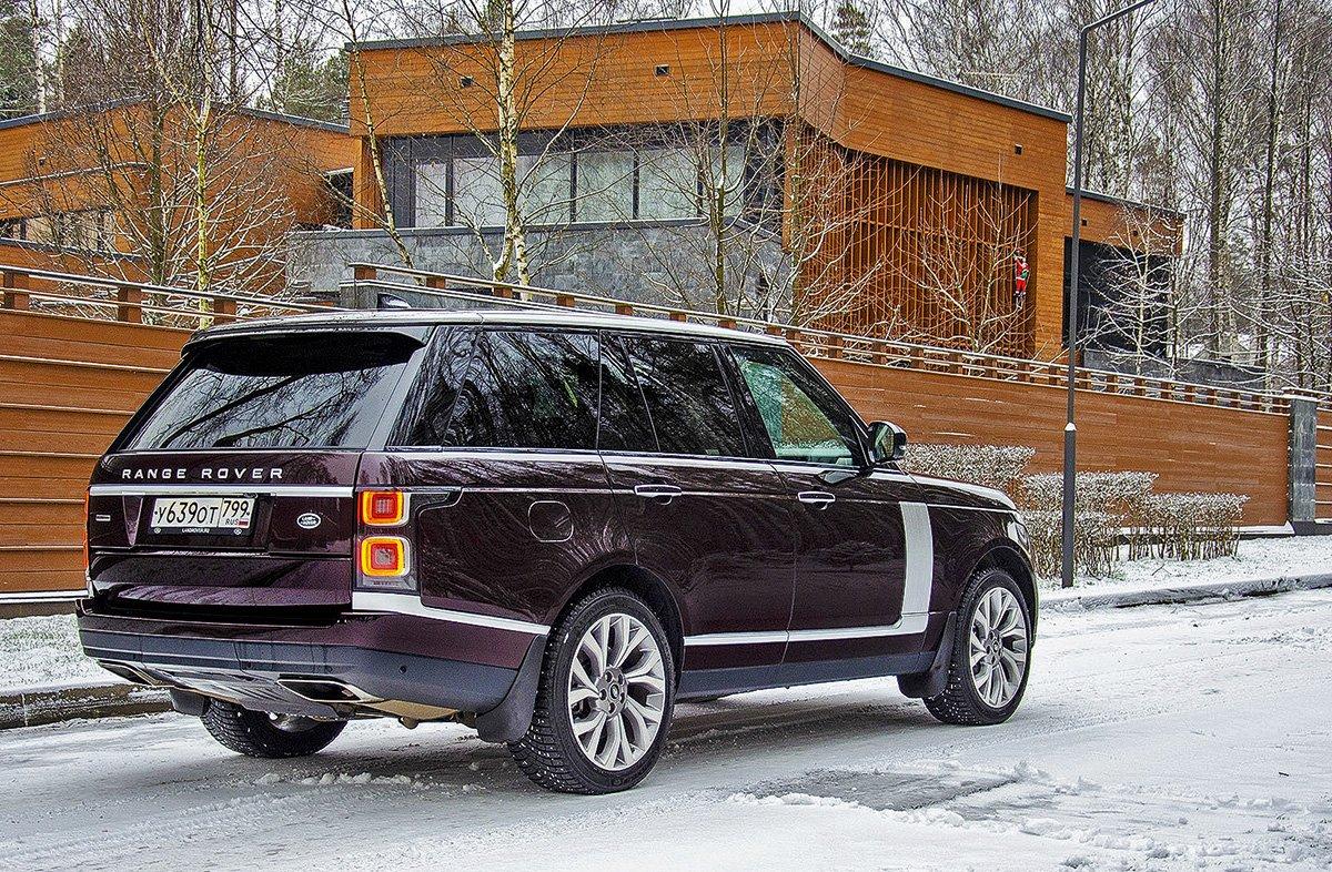 Сравнили Range Rover с разными моторами. Почему бензин хорошо, но дизель – лучше
