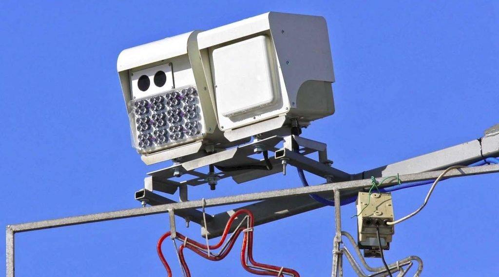Столичные власти не прекращают попыток узаконить штрафы с камер за езду без пропуска по всей стране