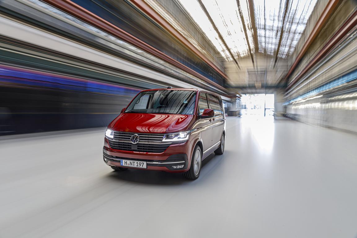 Покупка онлайн: марка Volkswagen Коммерческие автомобили запустила сервис бесконтактной выдачи автомобилей клиентам