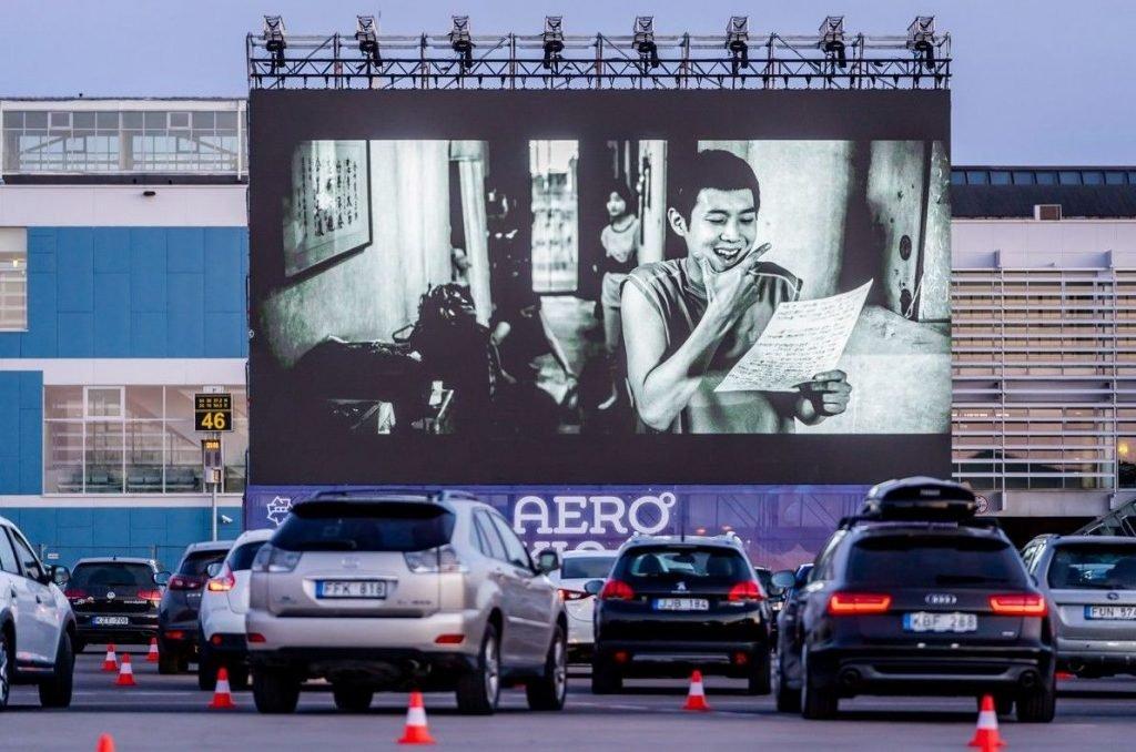 Коронавирус вернет в страну автомобильные кинотеатры