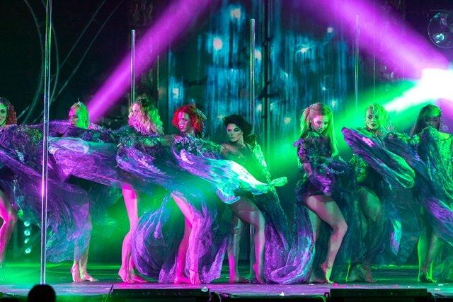 Впервые в России театральное шоу пройдет на гоночной трассе