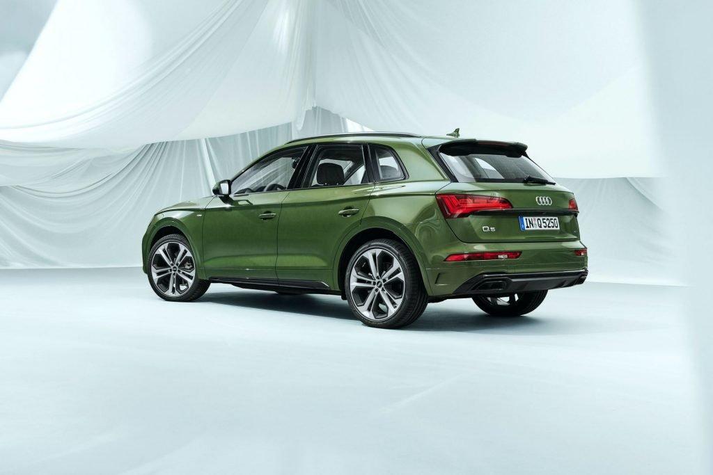 Обновленный кроссовер Audi Q5 получил более злободневный дизайн