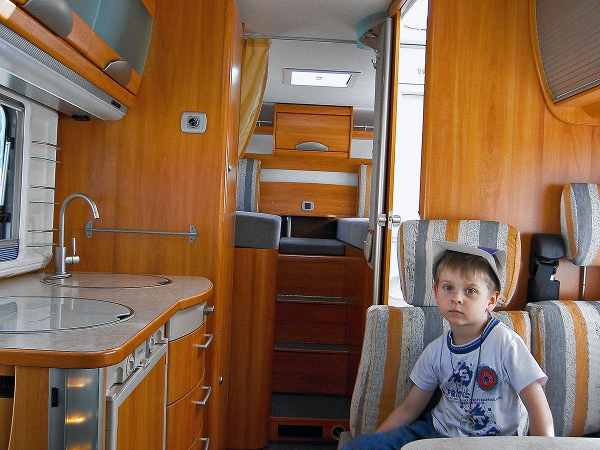 Дома на колесах: на чем поехать в отпуск, пока граница на замке