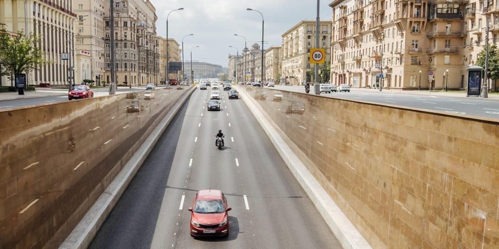 В московских тоннелях меняют разметку