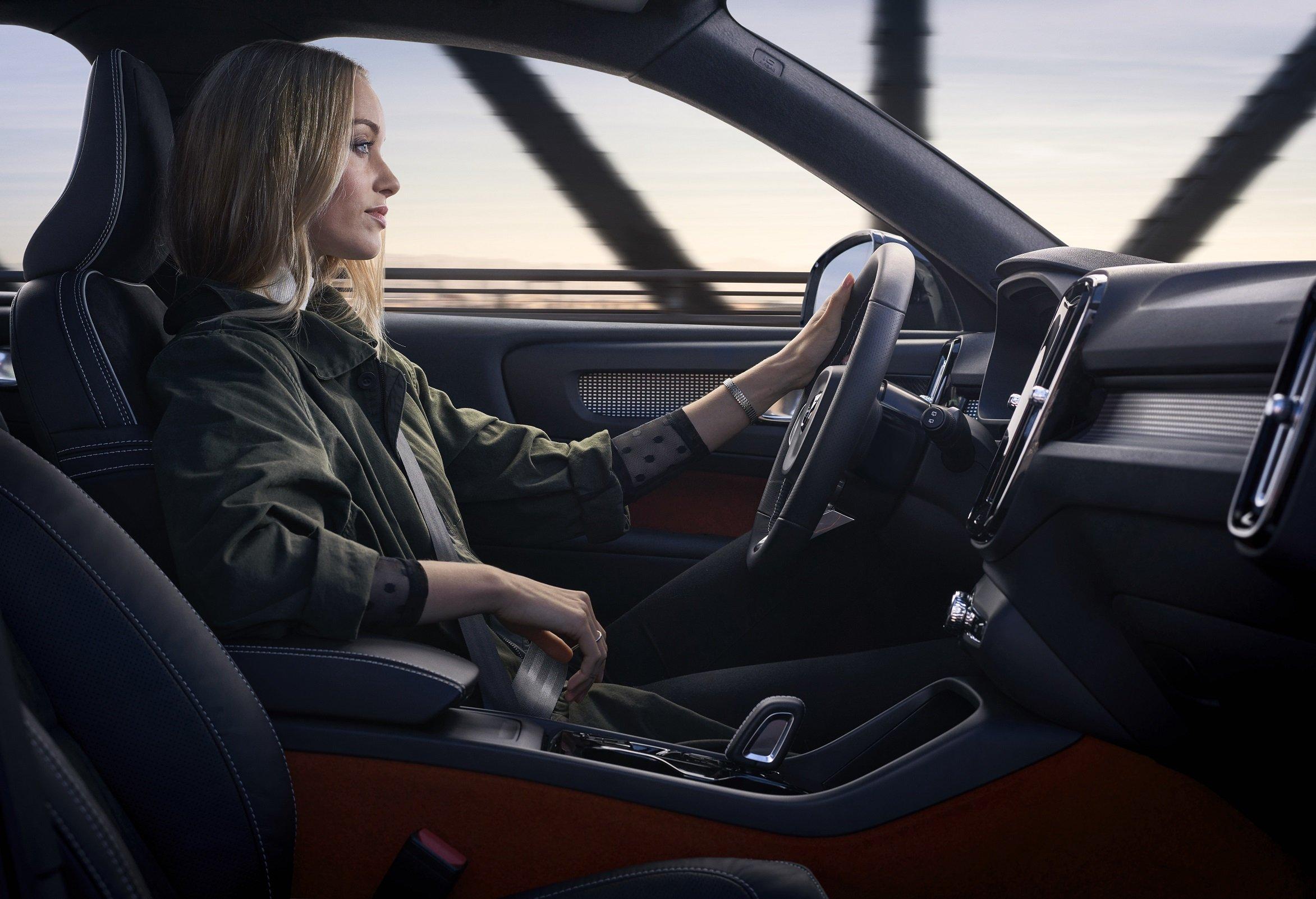 Volvo предлагает автомобили в лизинг с большой скидкой и нулевым взносом