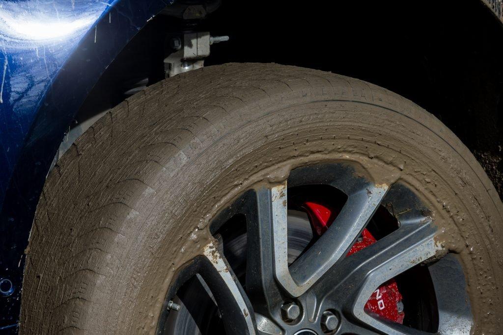 УАЗ «Хантер» и Range Rover Sport на бездорожье. Волынка против балалайки
