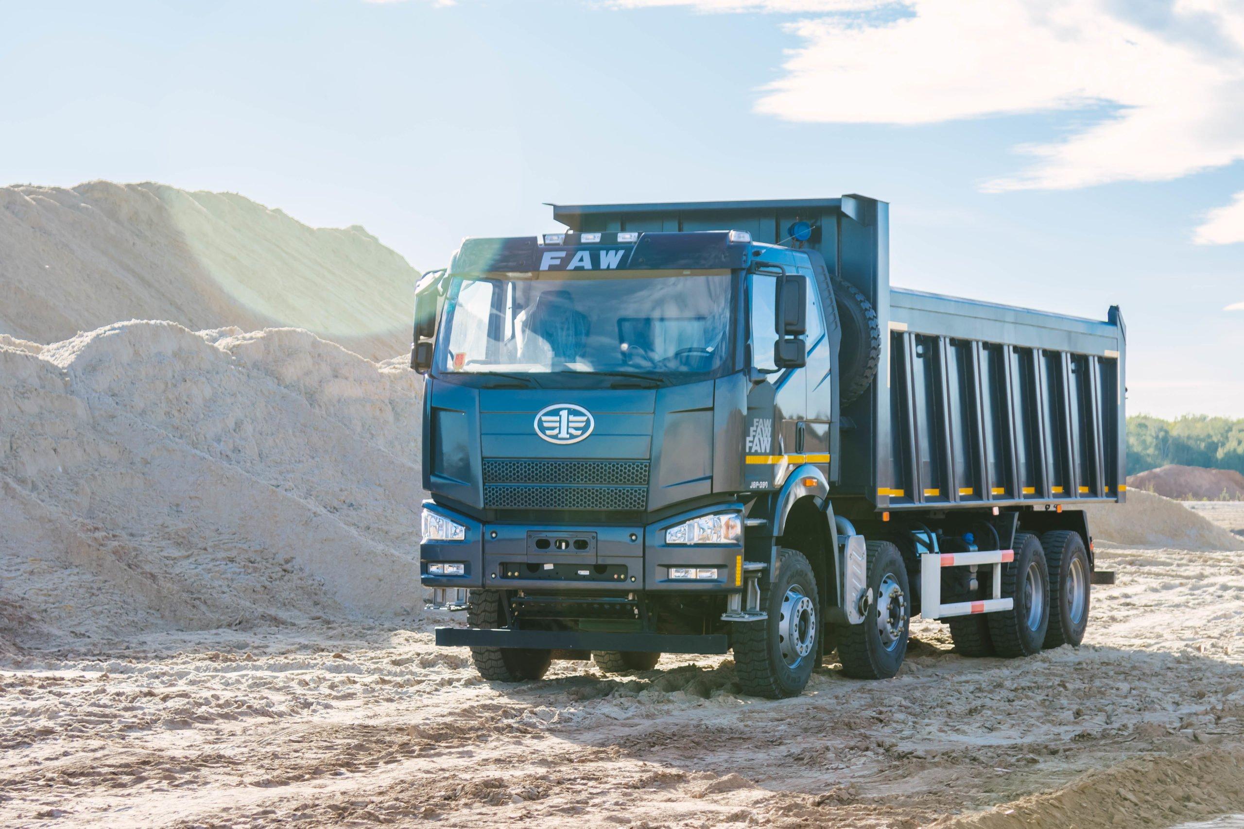 В России открылись три новых дилера грузовиков FAW