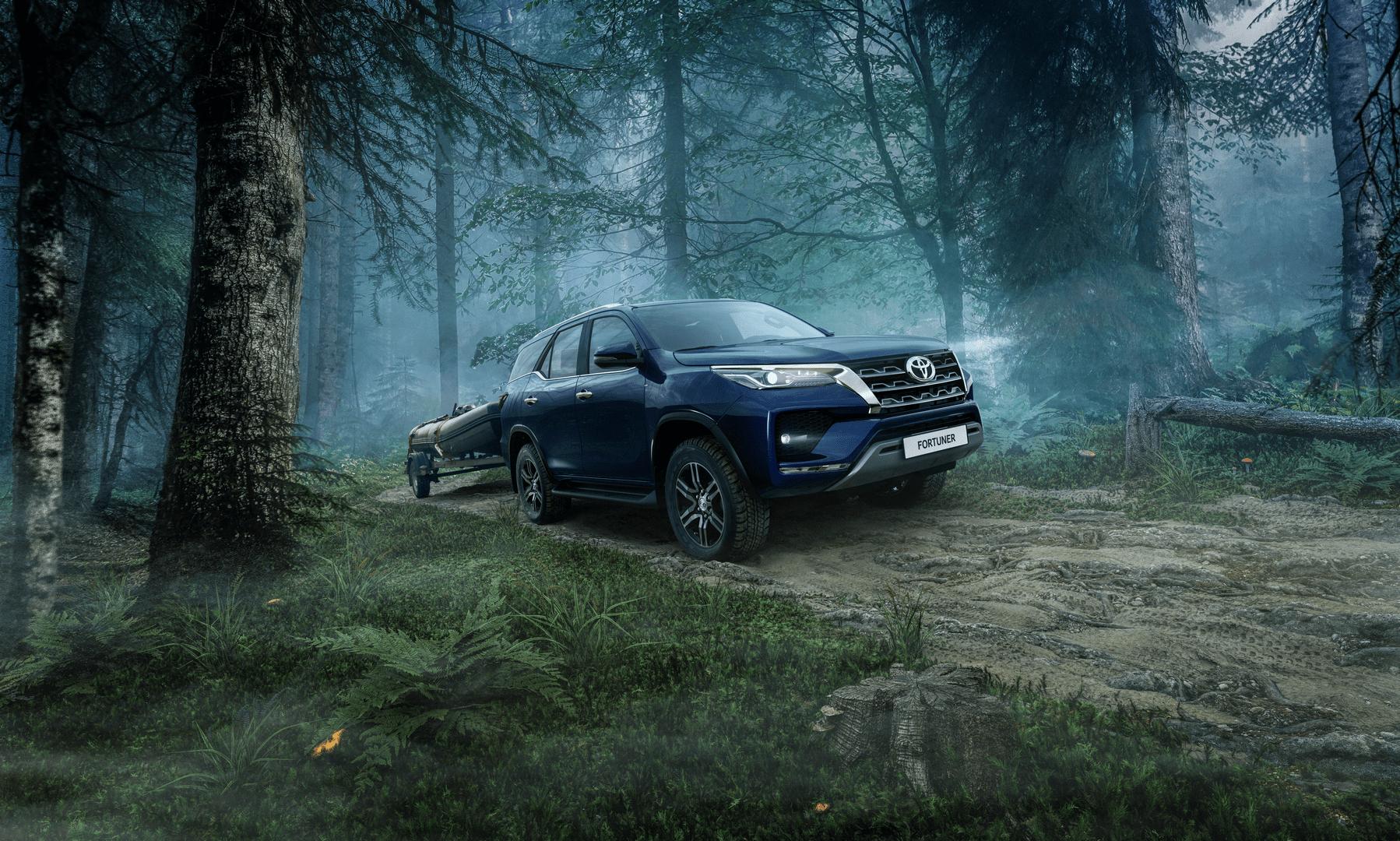 Названа цена обновленного Toyota Fortuner для России
