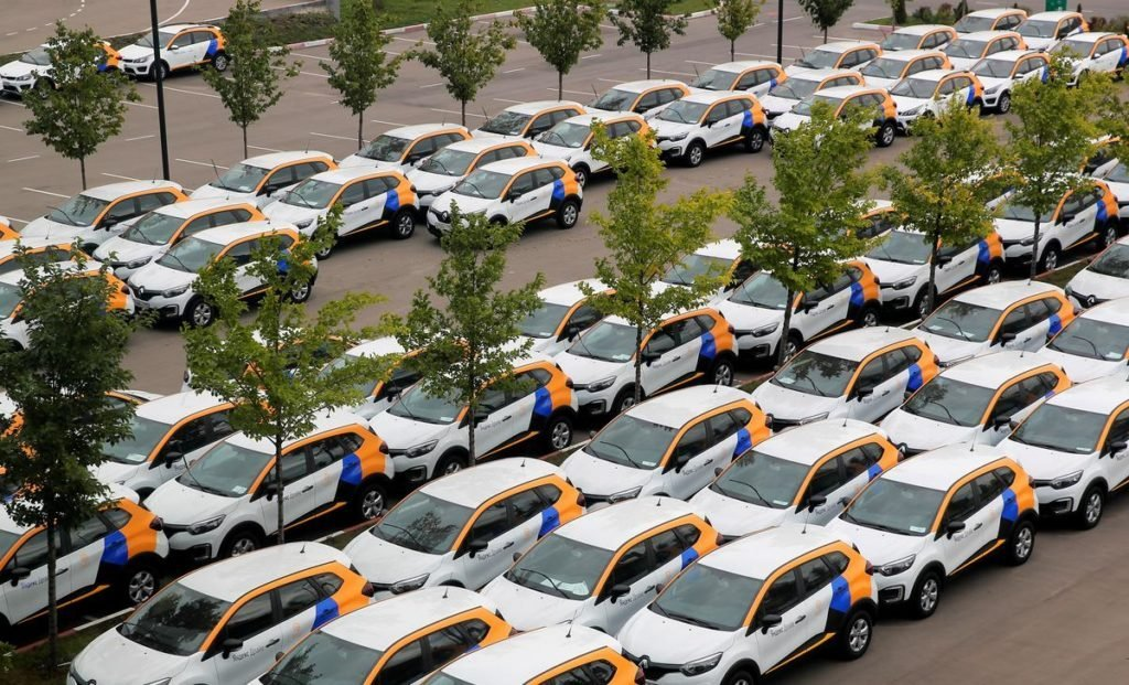Каршеринг хотят прогнать с некоторых парковок