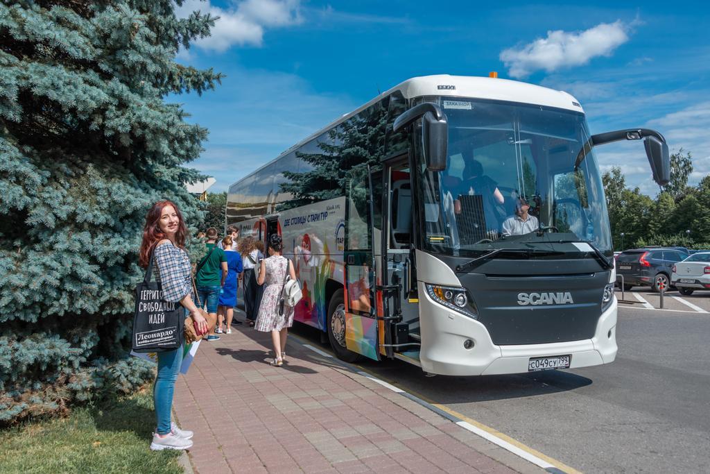 Scania совместно с туроператором «Тари Тур» и Российским союзом туриндустрии поддержала акцию «Туризм России – медикам России»