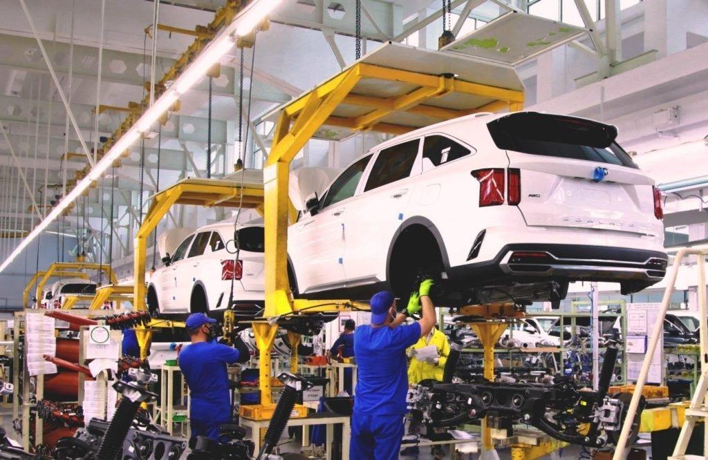 В России стартовало производство нового Kia Sorento