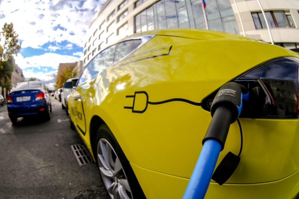 Россия оказалась не готова к электрокарам
