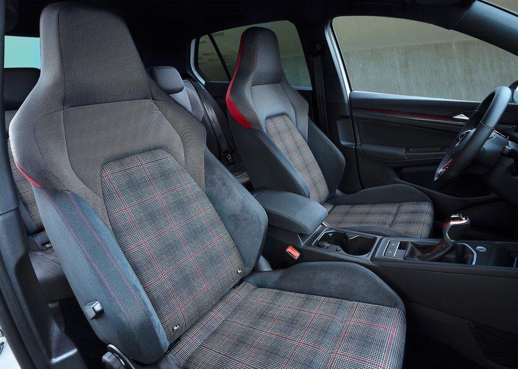 Volkswagen представил восьмое поколение Golf GTI