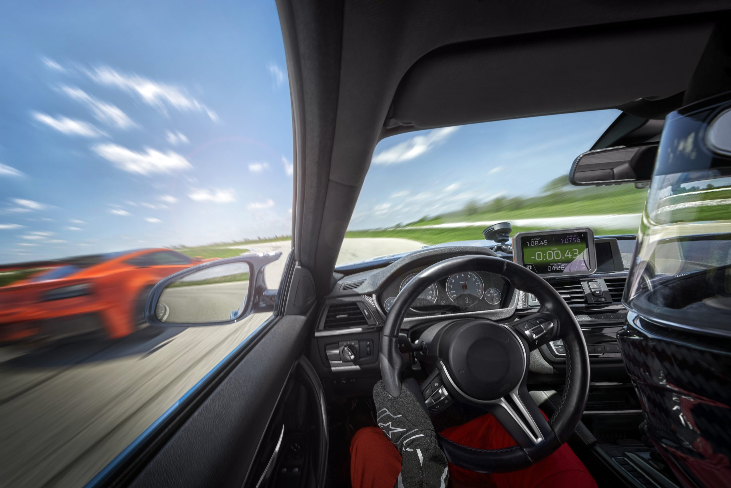 Garmin Catalyst — твой личный тренер в автоспорте