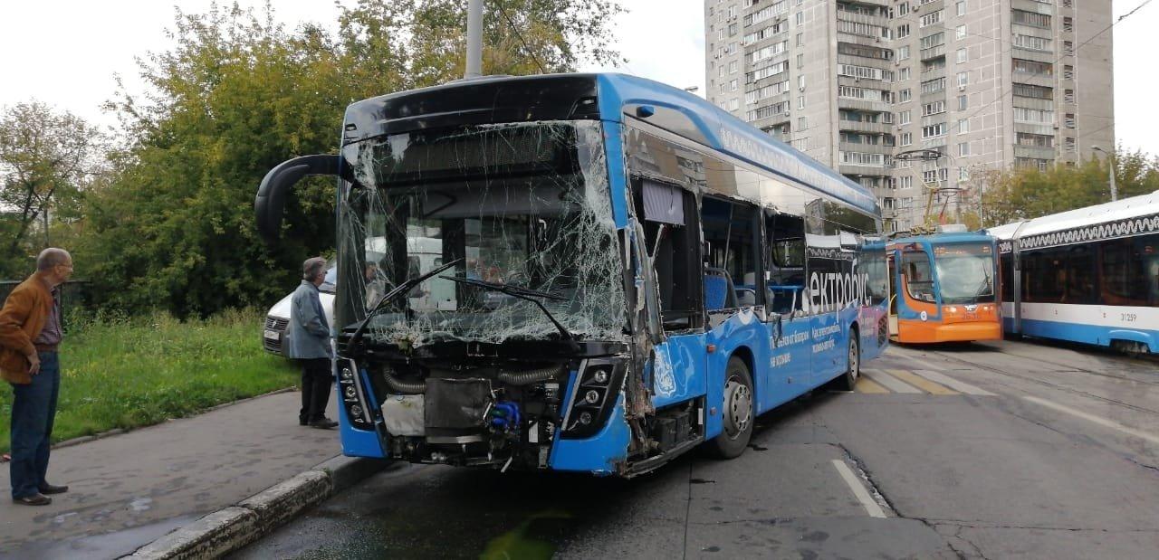 Власти нашли гениальный способ снизить аварийность