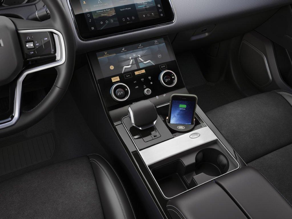Обновленный Range Rover Velar избавился от главного недостатка